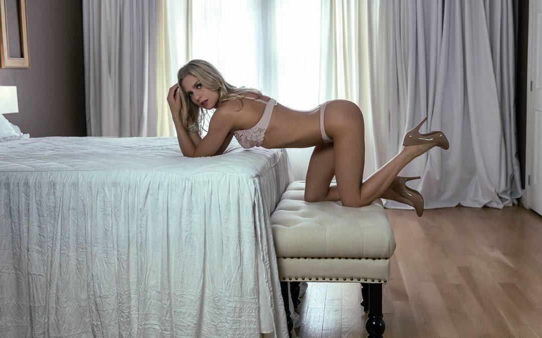 Houston Boudoir Heights Boudoir Preparing for a boudoir session