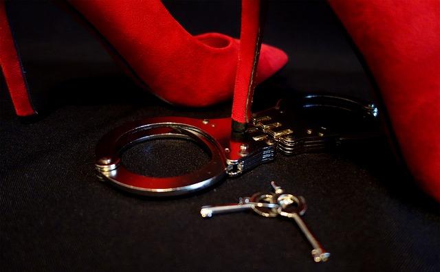 Houston bondage boudoir:  50 Shades of Grey?
