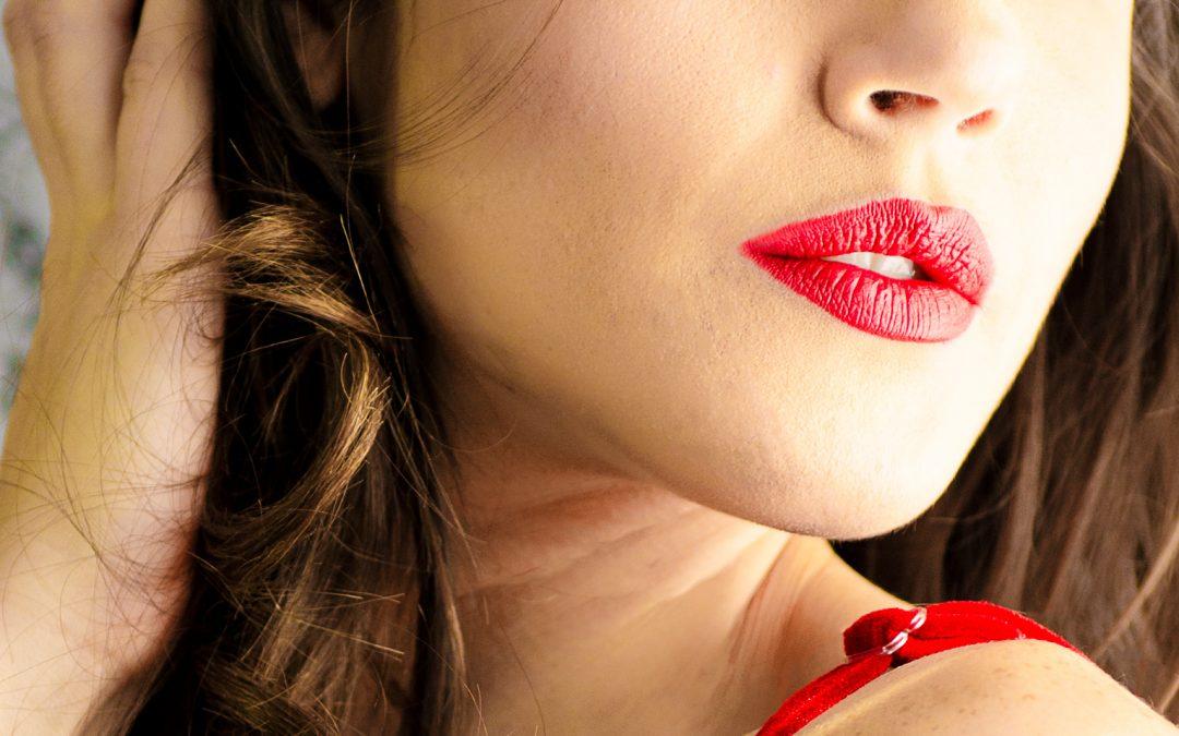 Houston Boudoir:  Let's Talk Lipstick
