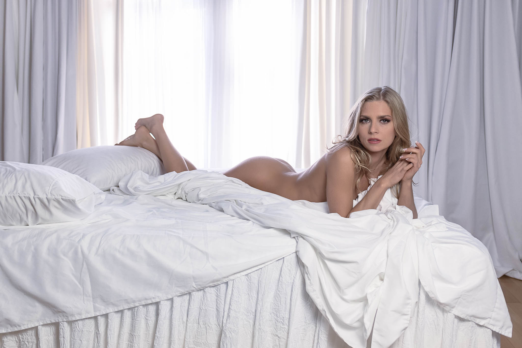 Houston Boudoir Photos Featuring Nudity with Class